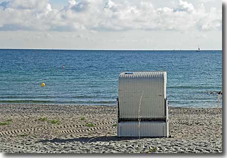 Strandkorb zeichnen  Strandkorb am Ostseestrand